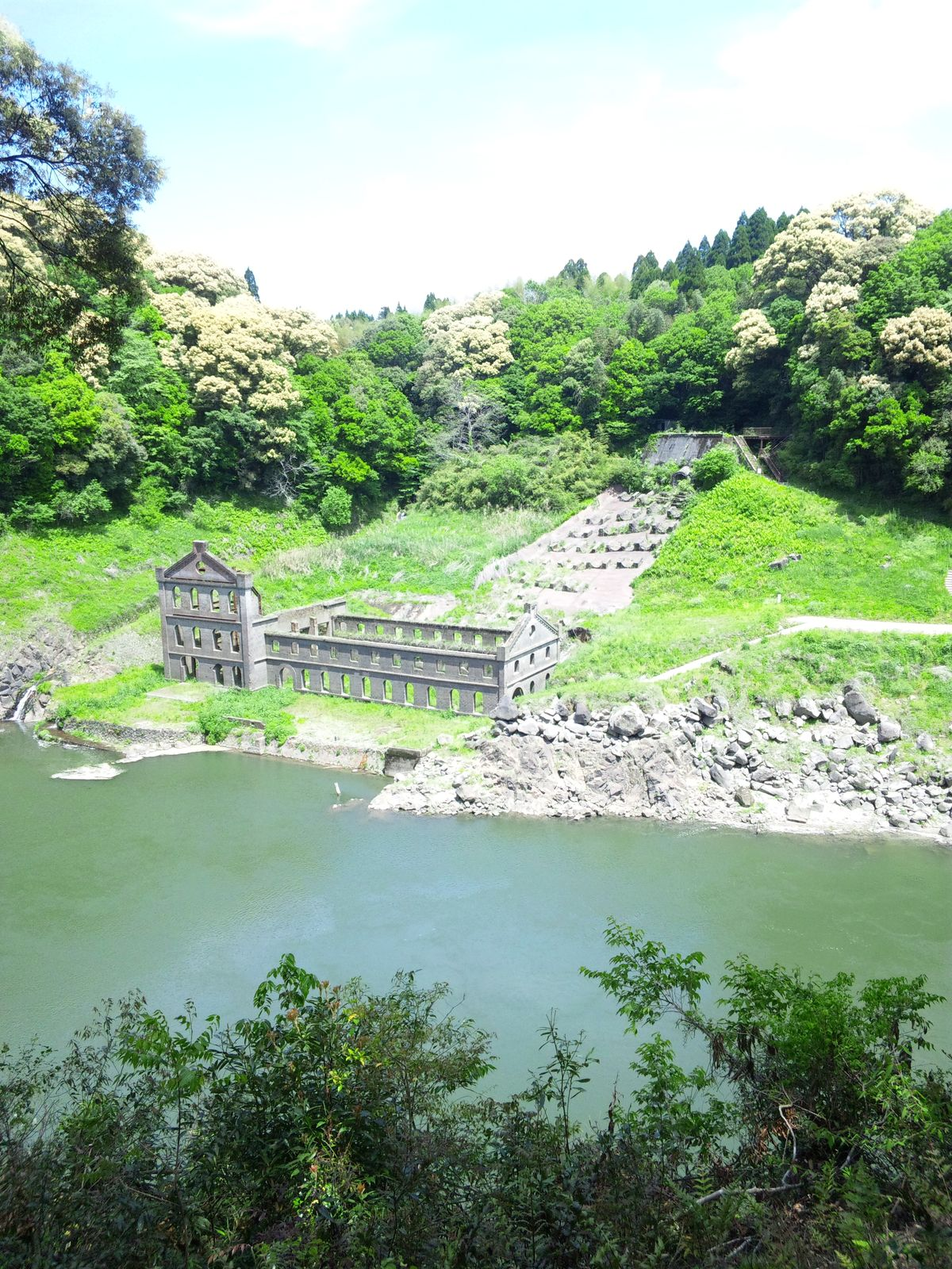 ダム 水没 建物